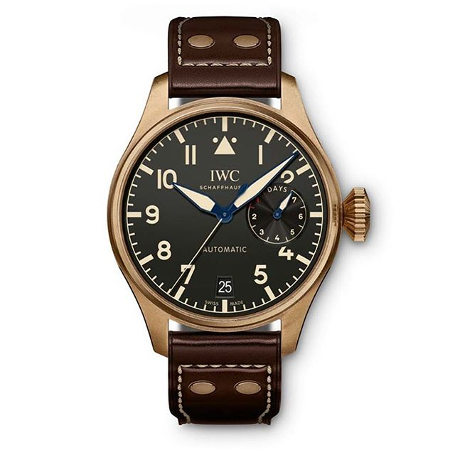 Bronze Big Pilot anyone? @iwcwatches has just announced this heritage-inspired number. Limited to 1500 pieces, $19700 AUD ️