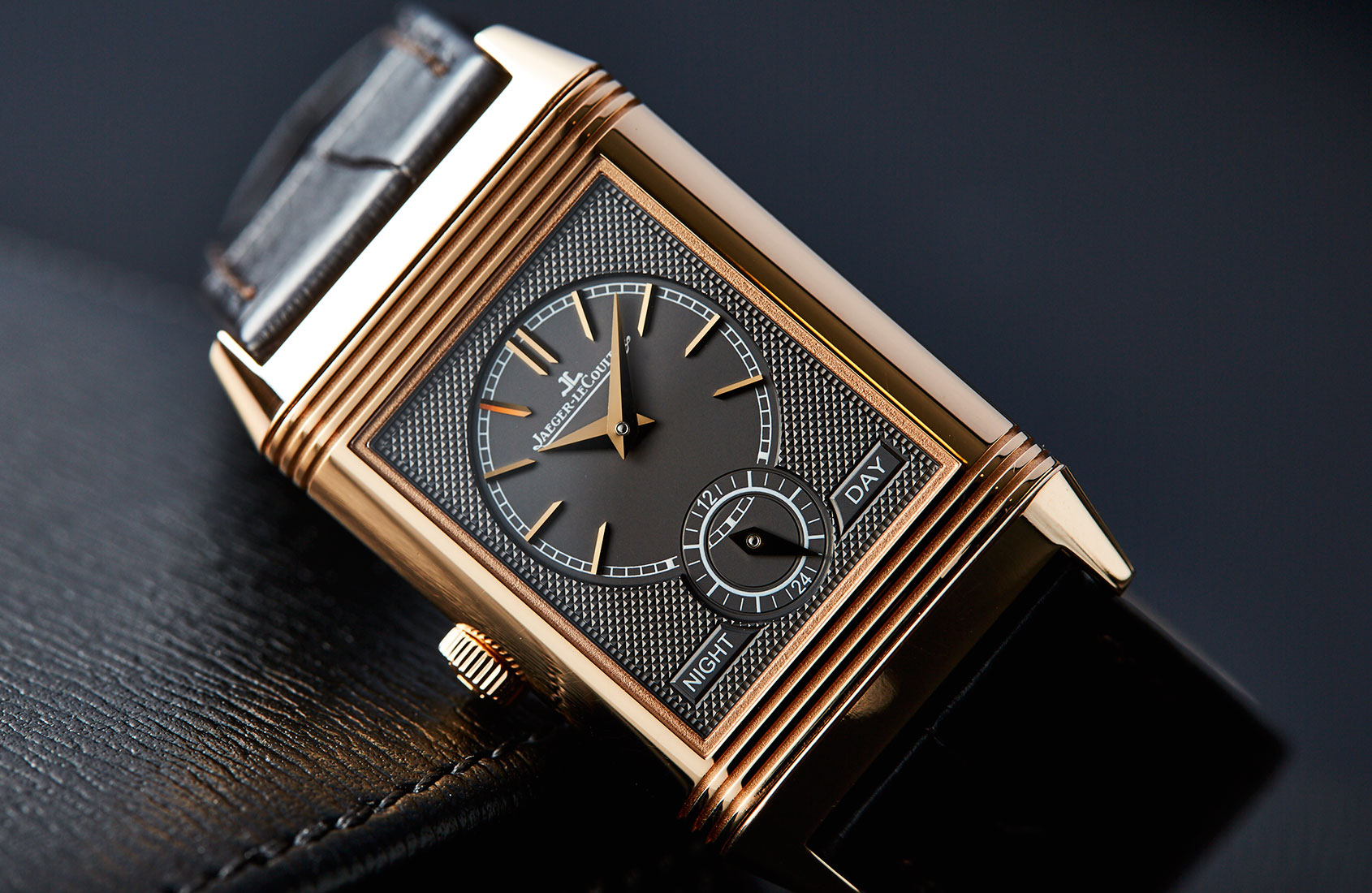 532d48156973 Jaeger-LeCoultre Reverso Tribute Duoface in Pink Gold – Hands-on Review