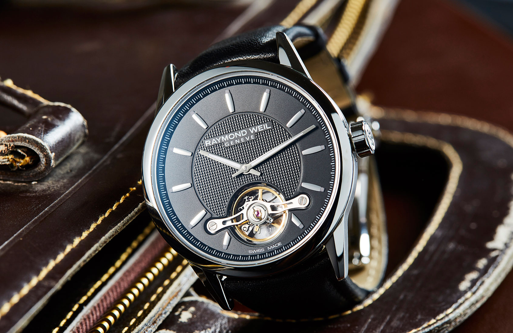 Raymond Weil Freelancer Calibre RW1212 – Hands-on Review