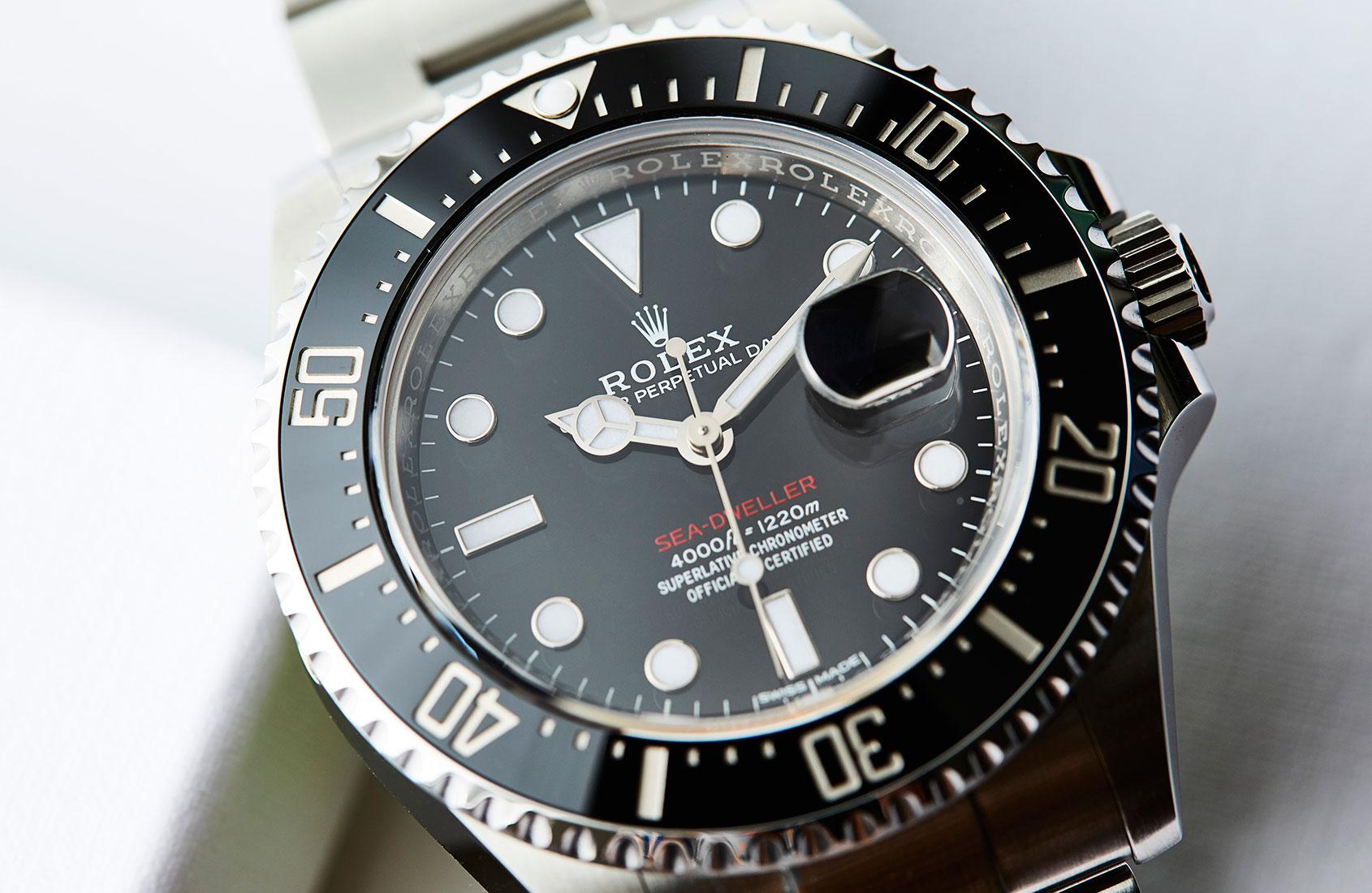 Rolex sea dweller ref 126600 hands on review for Rolex sea wweller