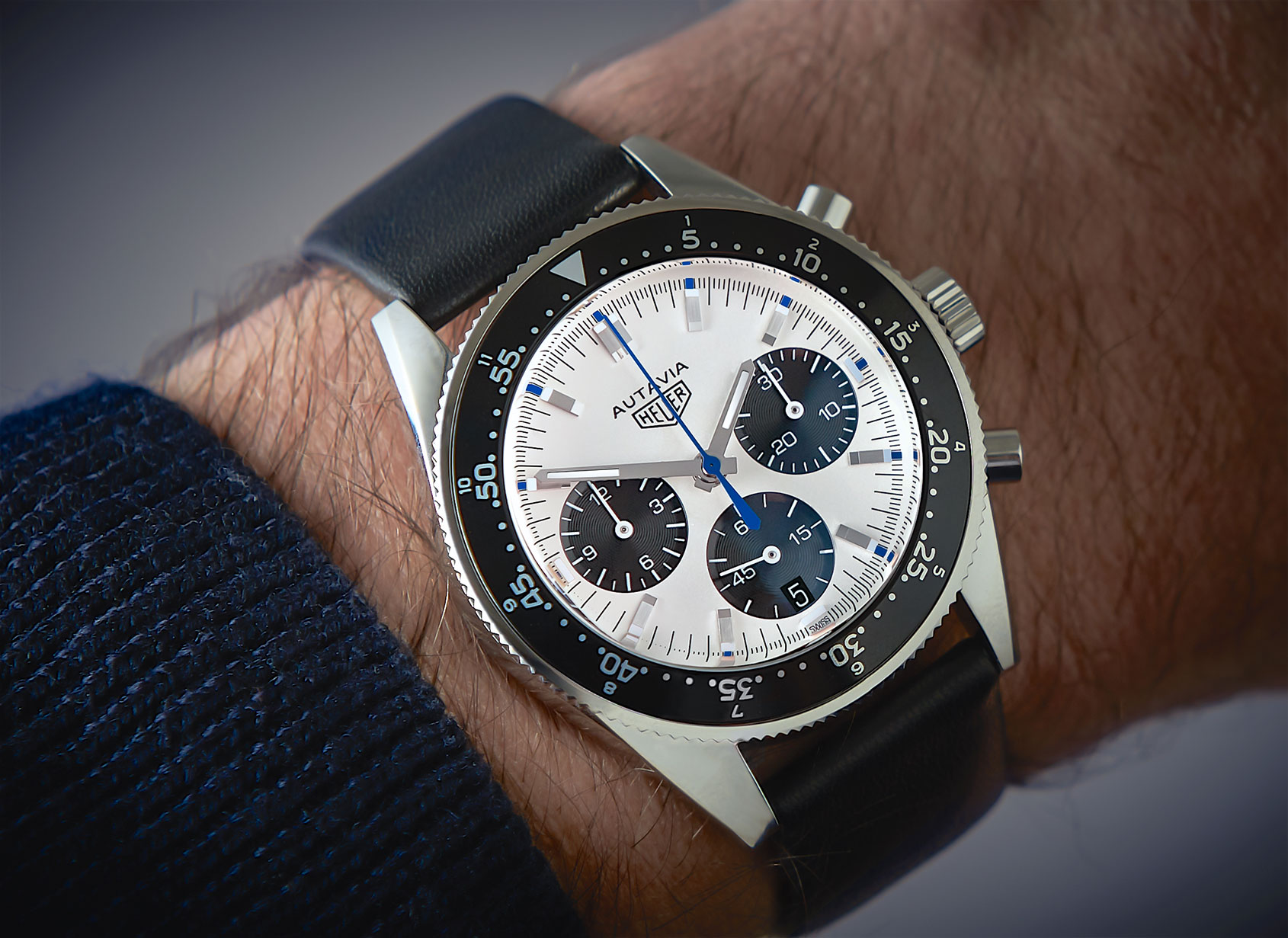 Tag heuer autavia jo siffert collector s edition first look for Tag heuer autavia