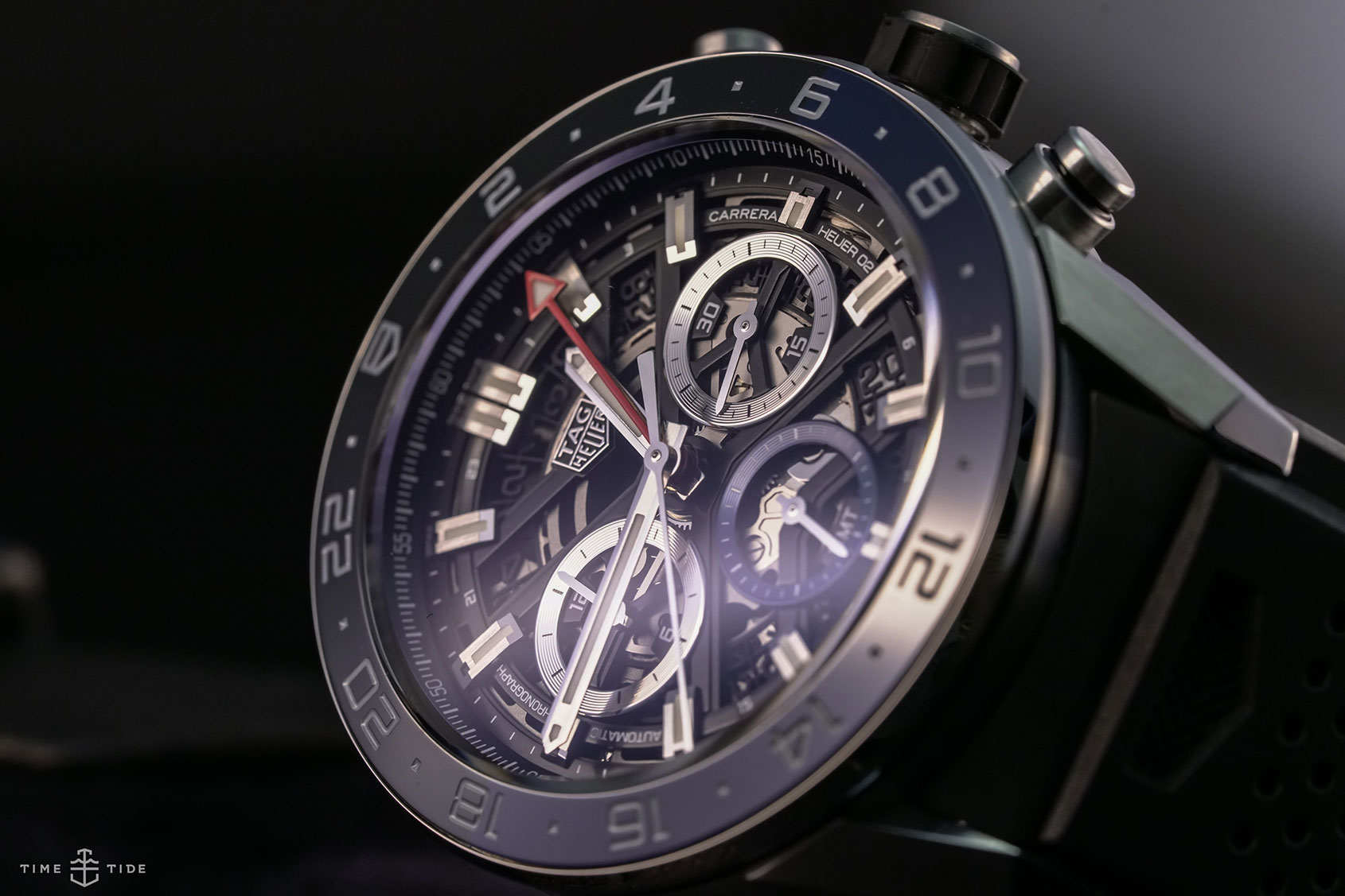 318c700720d8 HANDS-ON  The TAG Heuer Carrera Chronograph GMT Heuer 02