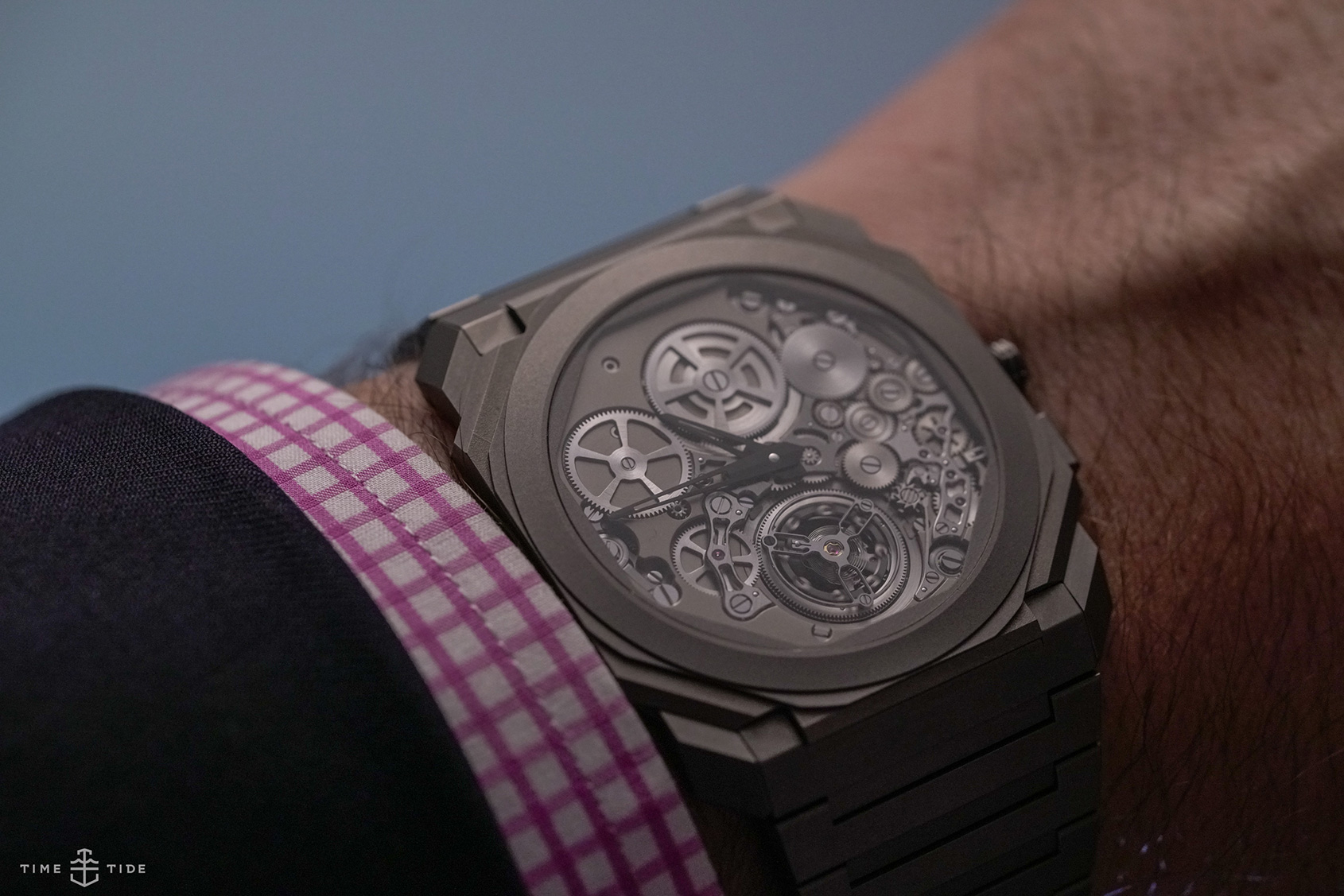 eac000f5570 HANDS-ON  The record-shattering Bulgari Octo Finissimo Tourbillon Automatic