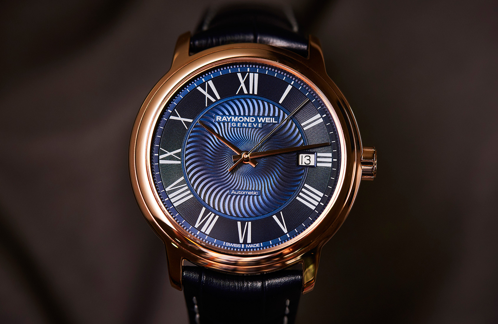 15398abed First of all, let's look at the date version. Housed in a 40mm rose gold  PVD case, the dial of this watch is a thing of beauty: the blue is dark and  ...
