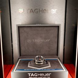 TAG Heuer Carrera Calibre Heuer 02 Swiss Watch Luxury