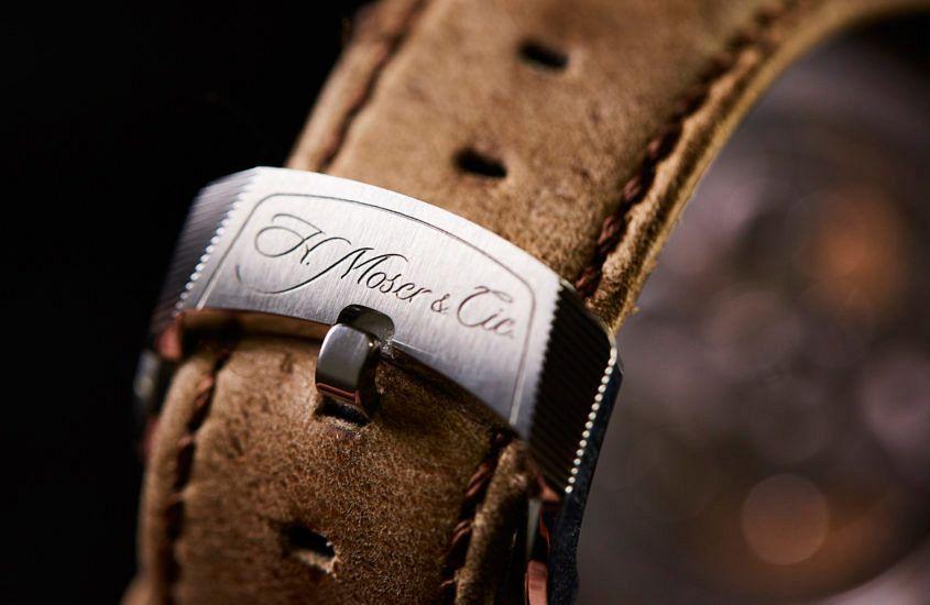 H. Moser & Cie Pioneer pin buckle.