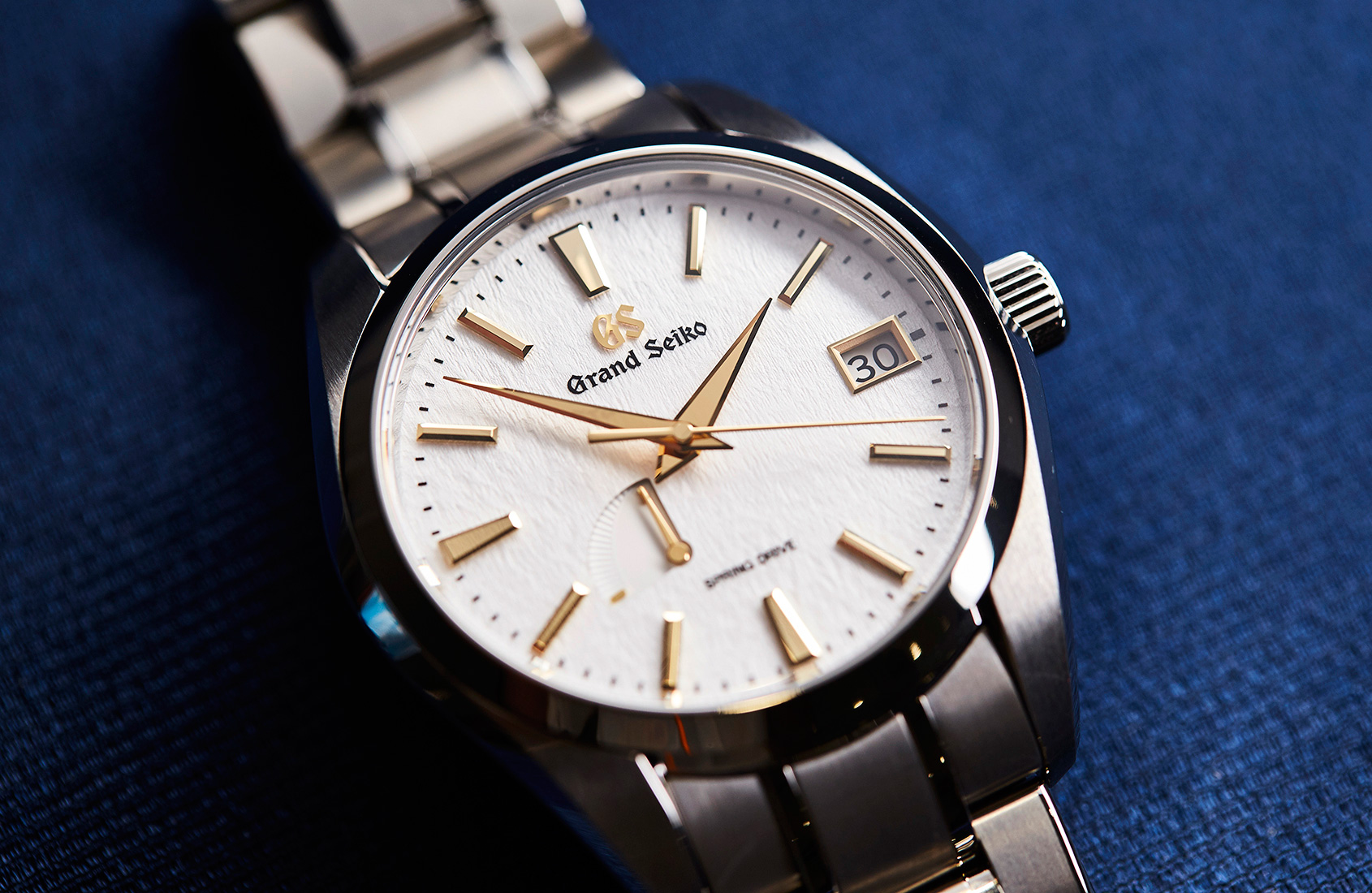 HANDS-ON: The Golden Snowflake – Grand Seiko's Spring Drive