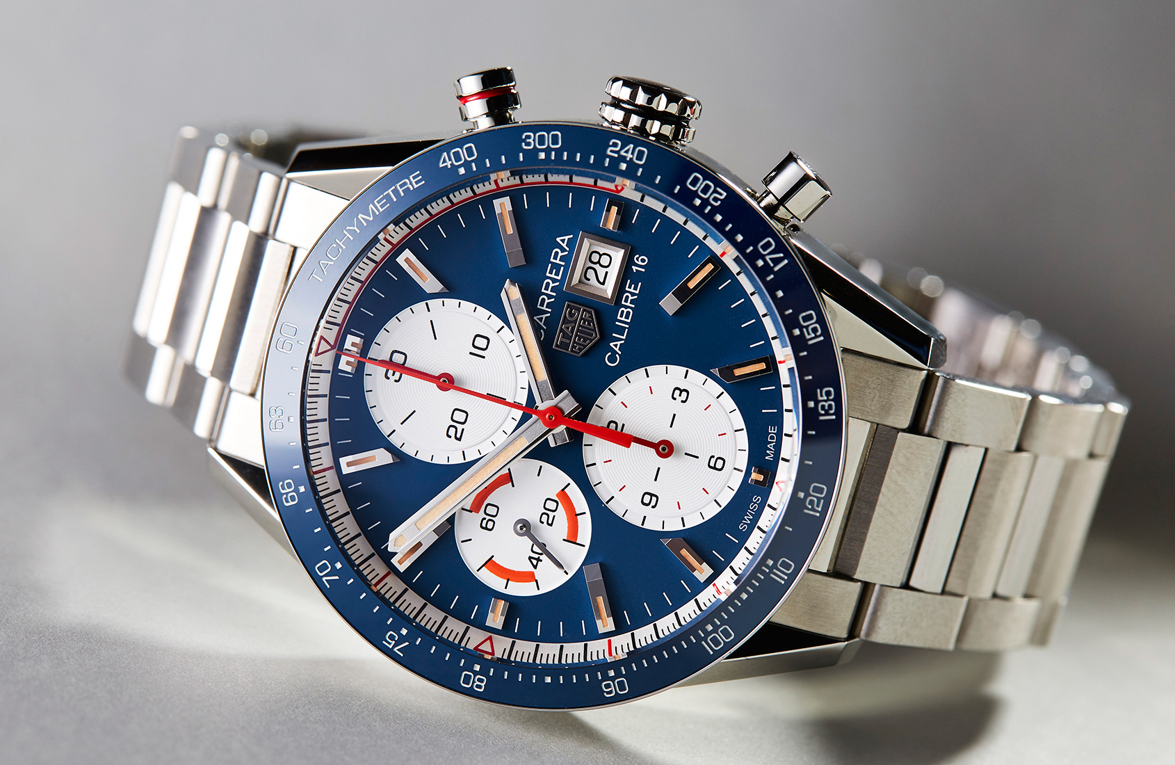 in depth colour comes to play with the tag heuer carrera. Black Bedroom Furniture Sets. Home Design Ideas