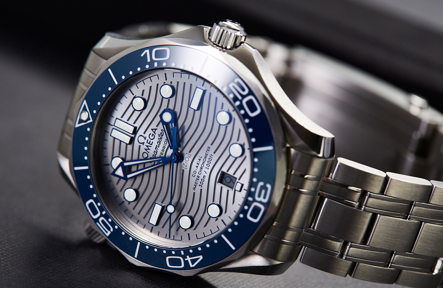 In Depth The Omega Seamaster Professional 300m 25 Years