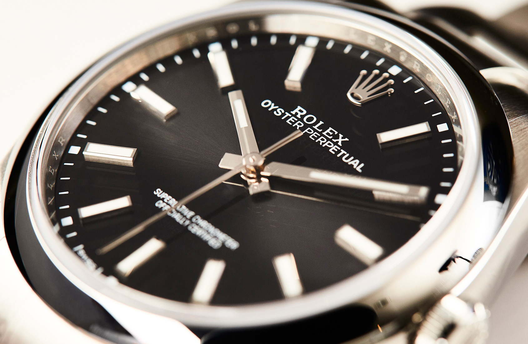 We Review The Rolex Oyster Perpetual 39 In Black And White