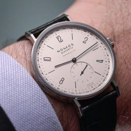 HANDS-ON: Fancy a date? How about the Nomos Tangente neomatik 41 Update