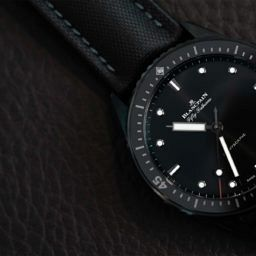 VIDEO: An ideal daily diver, the Blancpain Fifty Fathoms Bathyscaphe in black ceramic