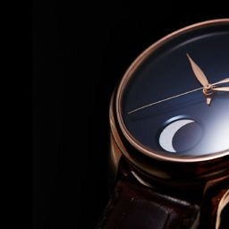 HANDS-ON: Glimmering through the darkness – Moser's Endeavour Perpetual Moon Concept in red gold