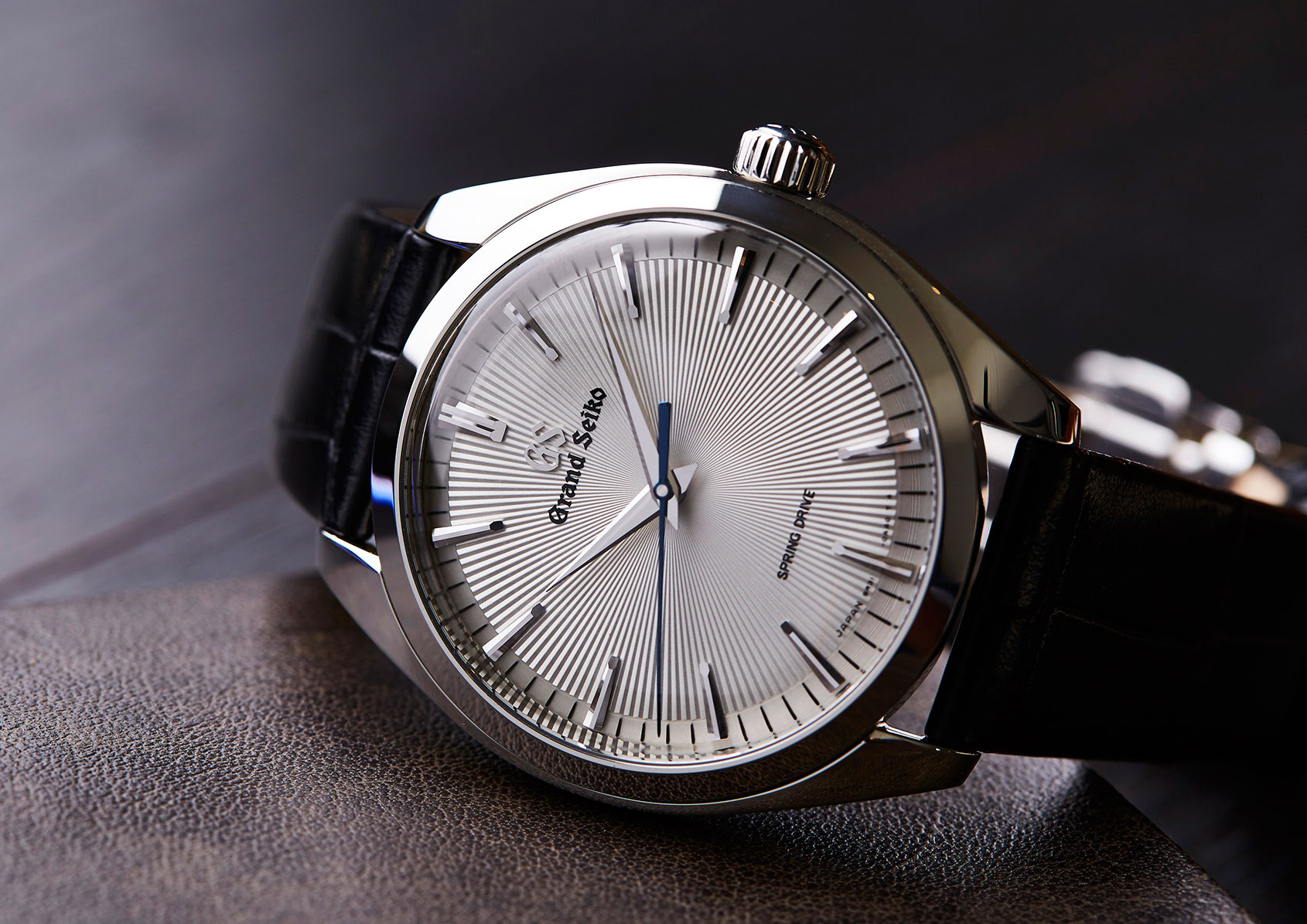 new arrival 4892f 67fb3 HANDS-ON: The Grand Seiko Spring Drive SBGY003 – thinner ...