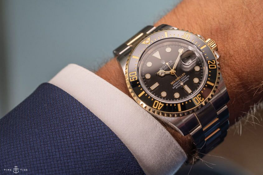 Rolex Oyster Perpetual Sea-Dweller in Rolesor