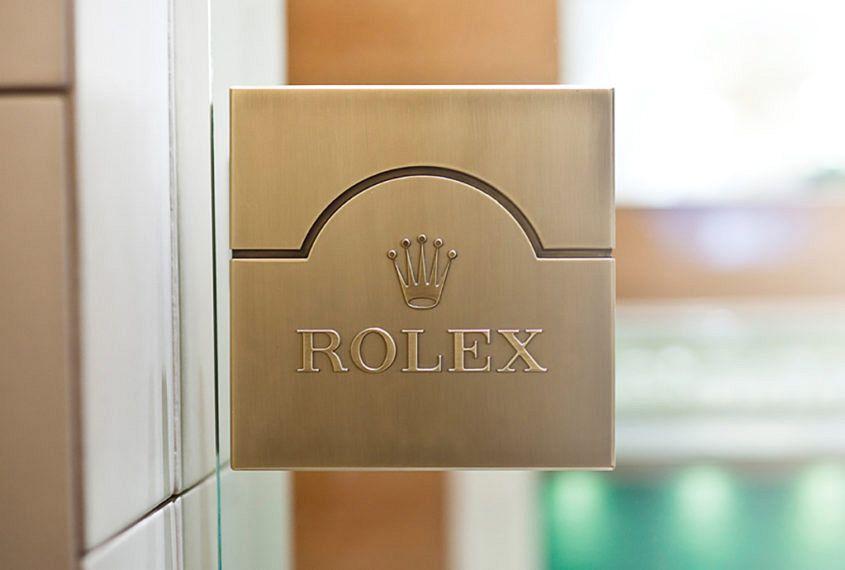 Rolex boutique door