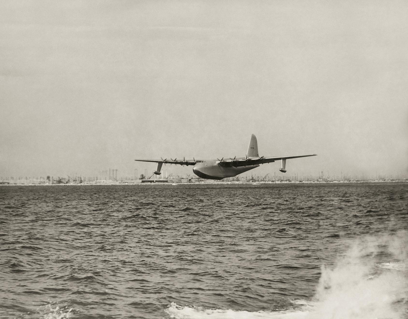 Bremont H-4 Hercules