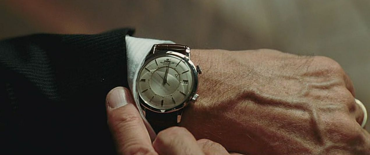 Robert De Niro watches