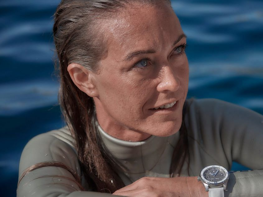 Alessia Zecchini UN Lady Diver GREAT WHITE 02 845x634 - Drone pilots? Snooker players? Four watch ambassadors straig...