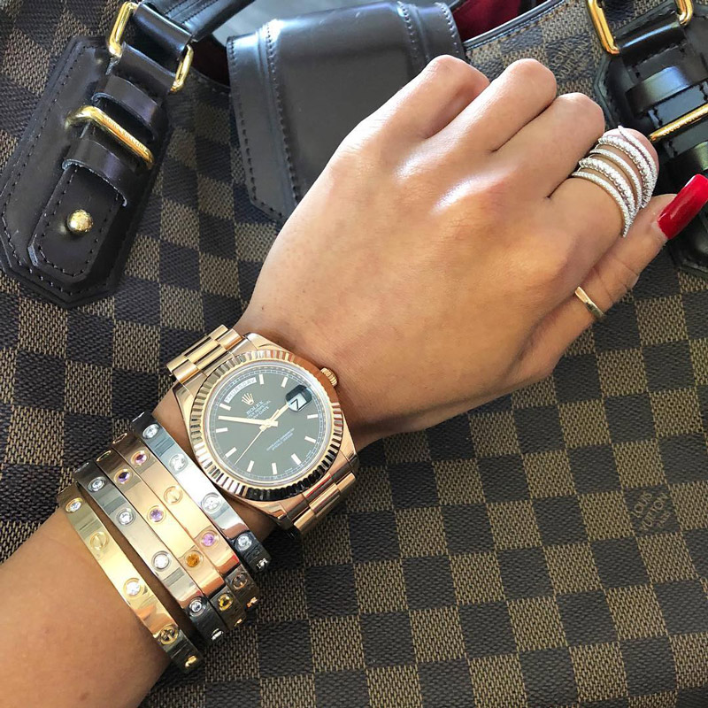 wearing watches with jewellery
