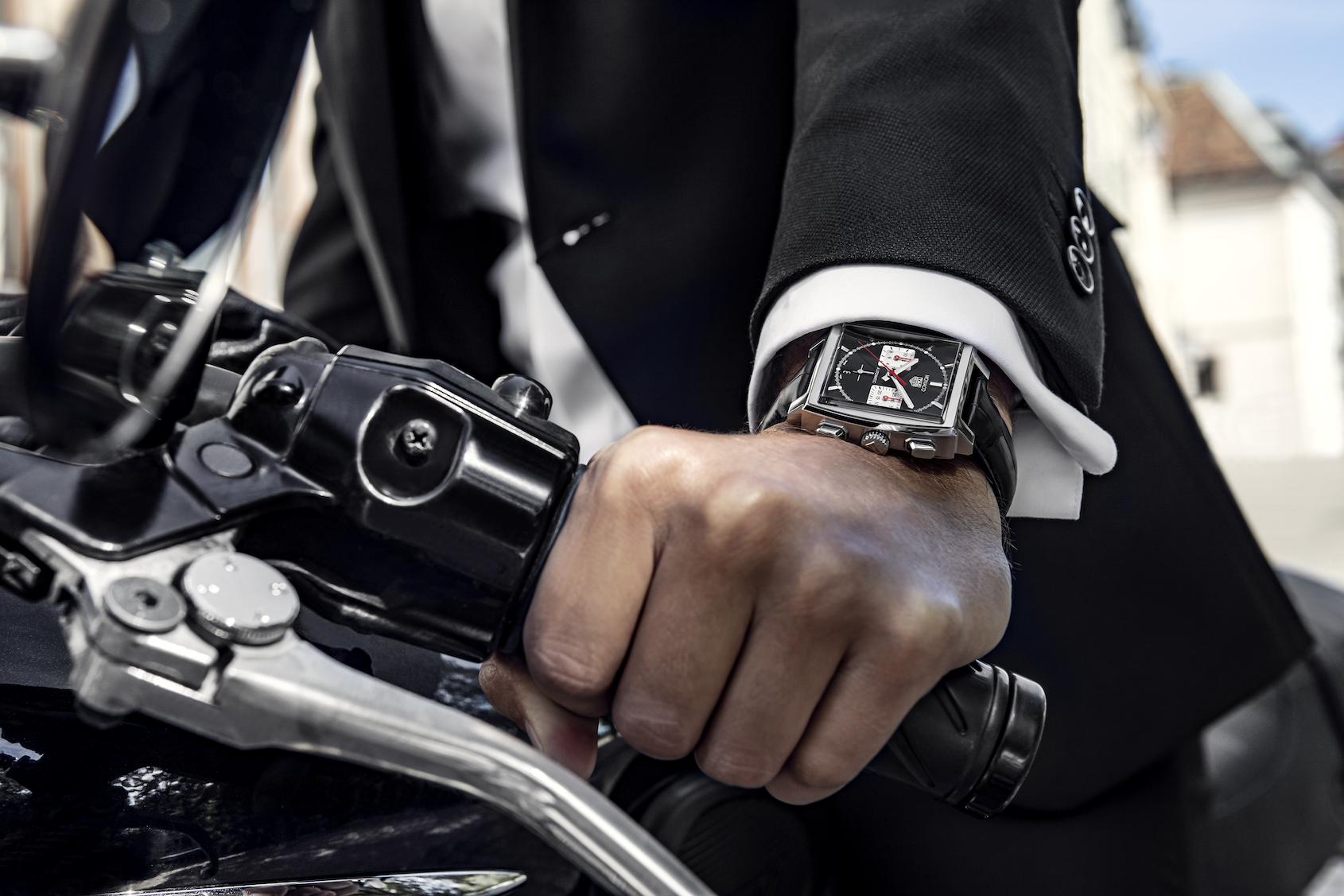TAG Heuer Monaco black dial new bracelet Heuer 02 price review 2020