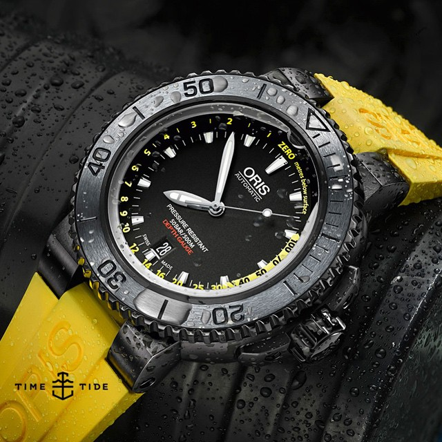This Oris Aquis Depth Gauge isn't trying to be a vintage dive watch