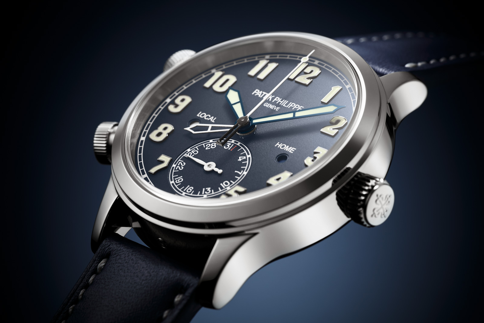 INTRODUCING: The critics were wrong, and the Patek Philippe Calatrava Pilot Travel Time flies again, this time as the 7234G-001