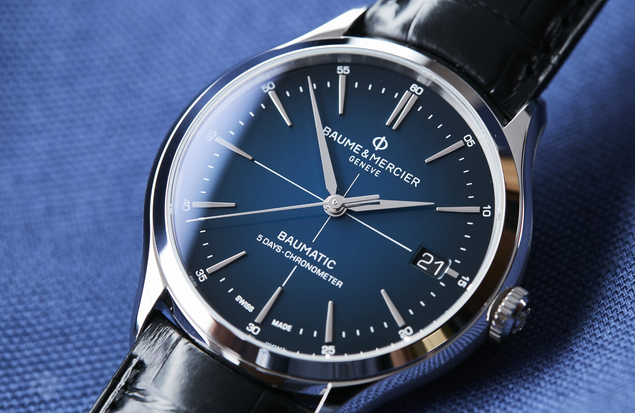 A powerful demonstration of why magnetism matters, with the Baume & Mercier Baumatic
