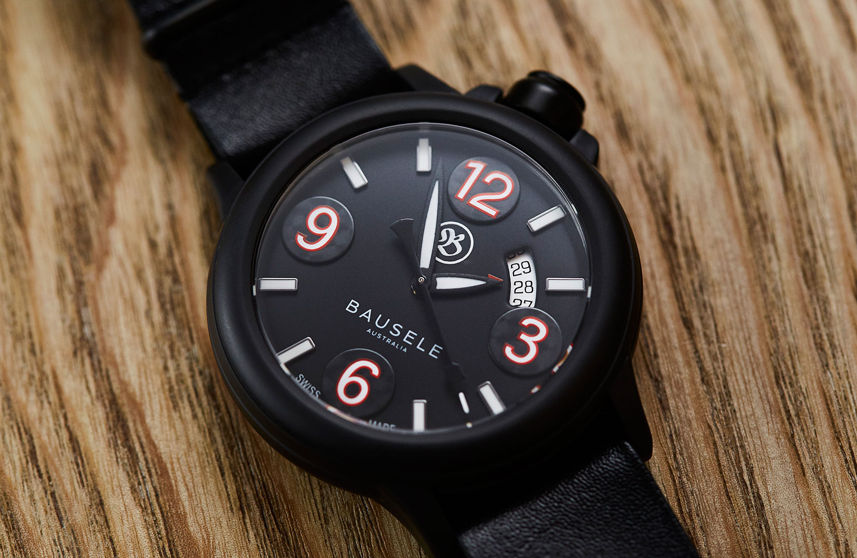HANDS-ON: The Bausele Pilot All Black – a value packed ceramic pilot with a twist