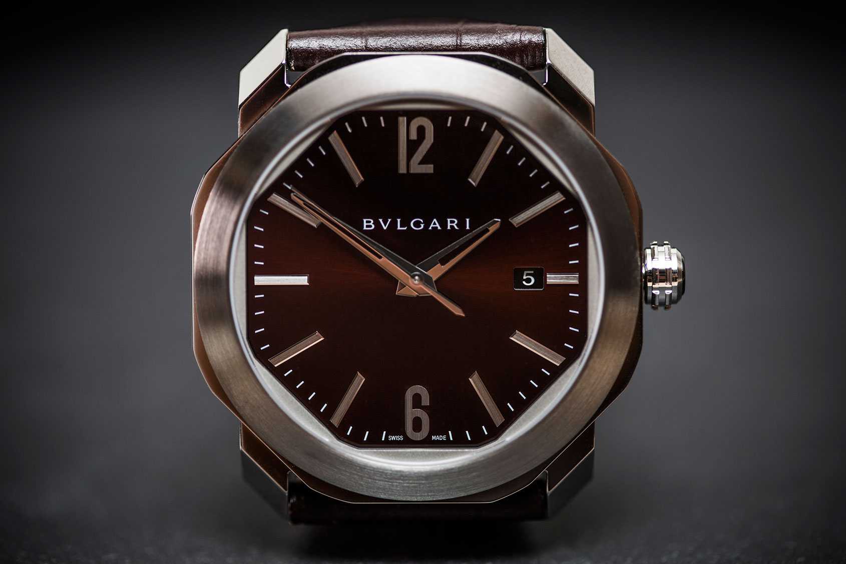 HANDS-ON: A softer shape – the Bulgari Octo Roma