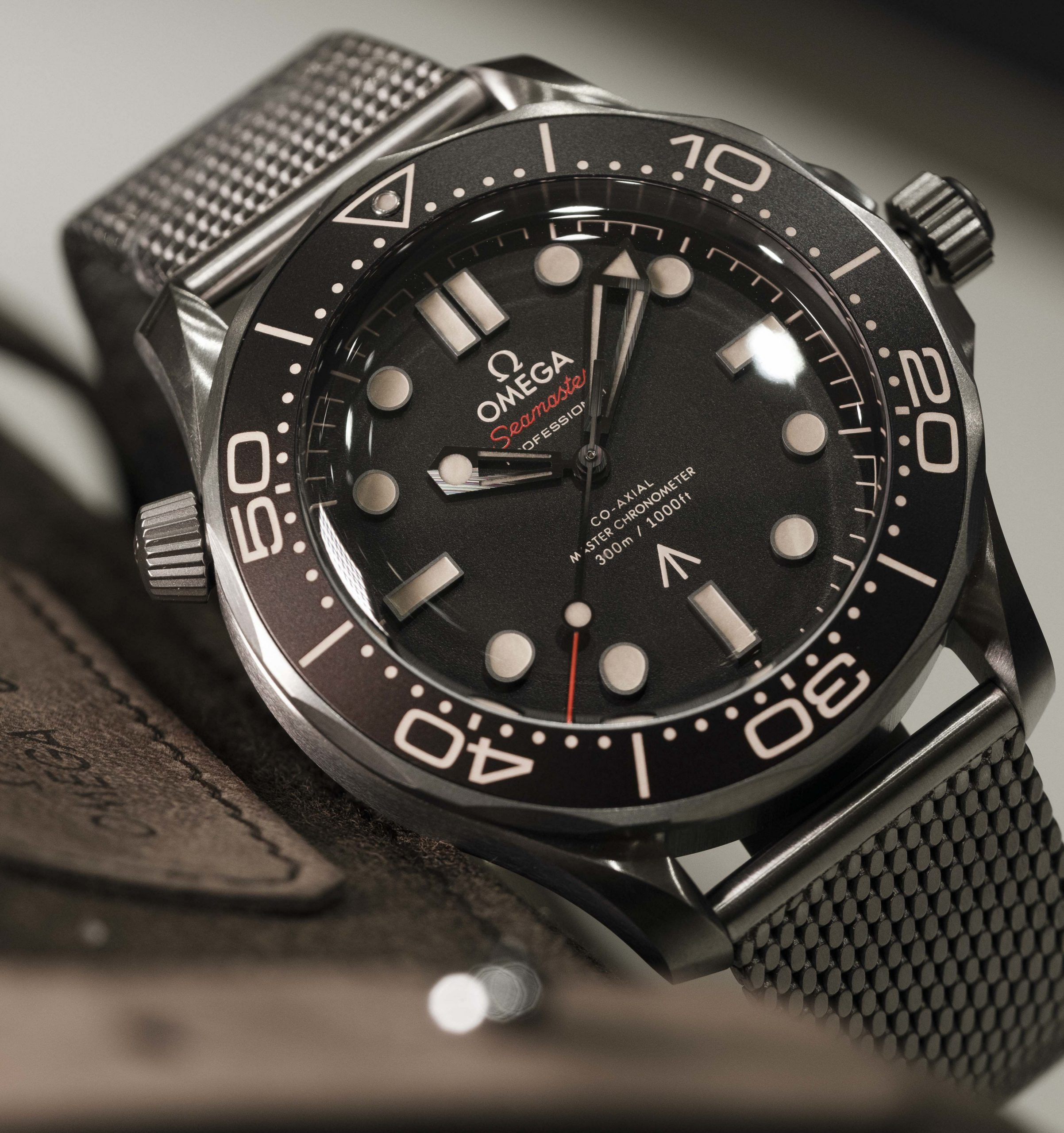 FRIDAY WIND DOWN: Bond watches, Mido Ocean Stars and more lockdown