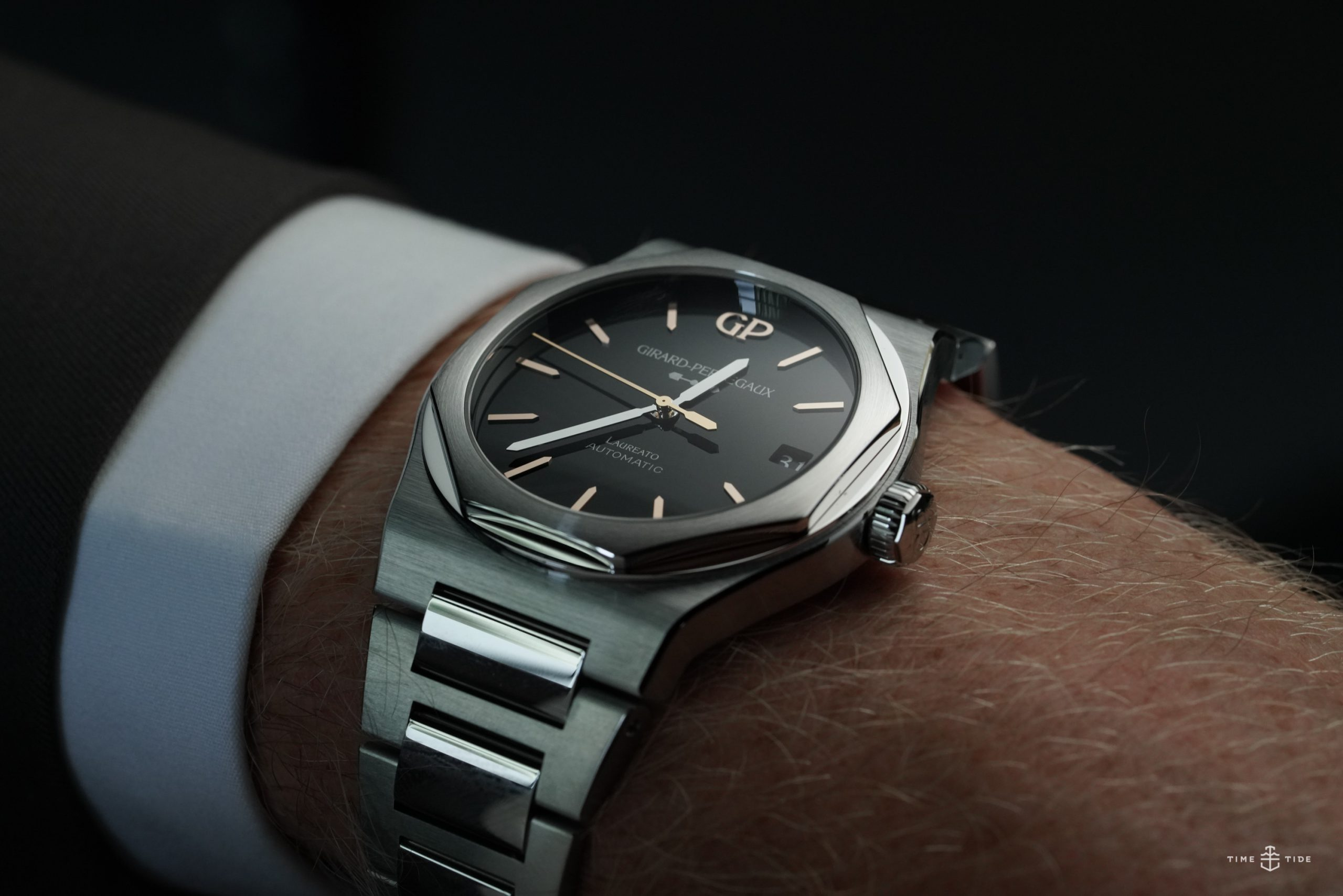 FRIDAY WIND DOWN: How to steal a watch, and how Rolex stole the show (with 1mm)