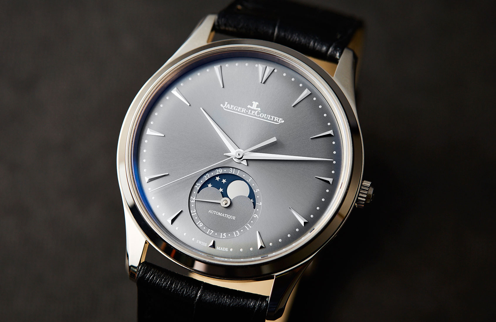 An exercise in subtlety – the Jaeger-LeCoultre Master Ultra Thin Moon
