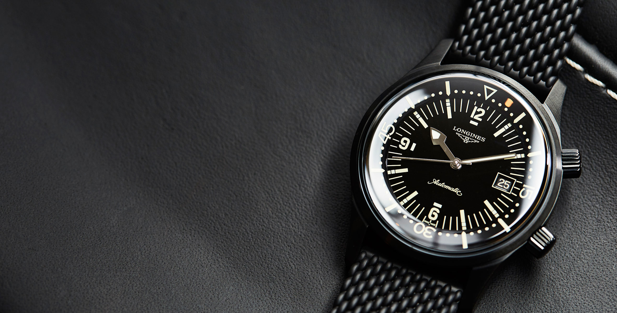 The Longines Legend Diver Black is now available for pre-sale in our shop – with a sweetener