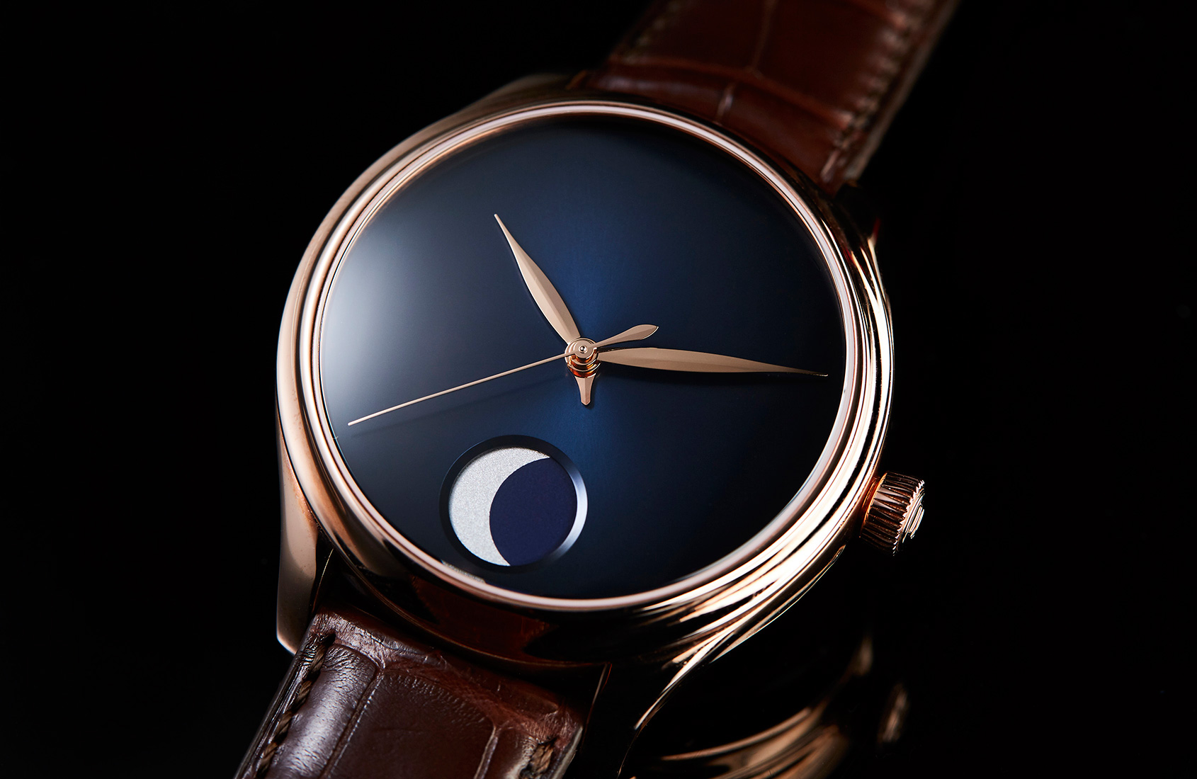 Complication made simple with the Moser Endeavour Perpetual Moon Concept