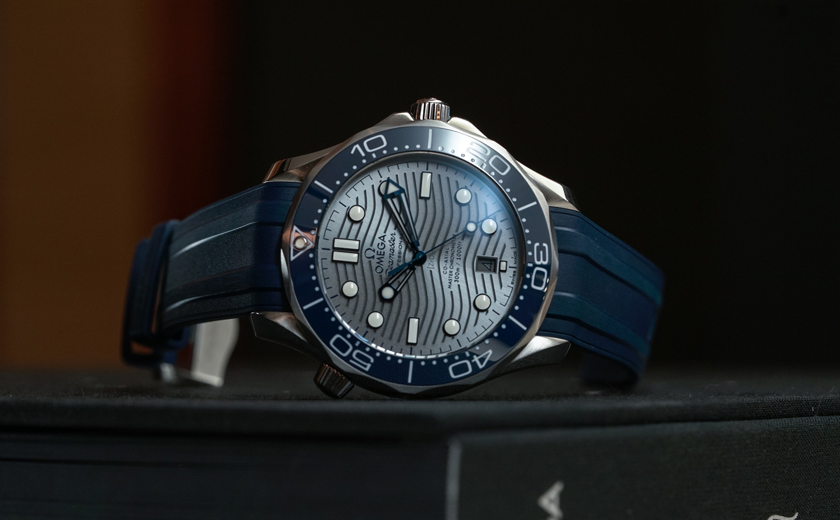 Why is the Omega Seamaster Professional 300M such a good daily wear?