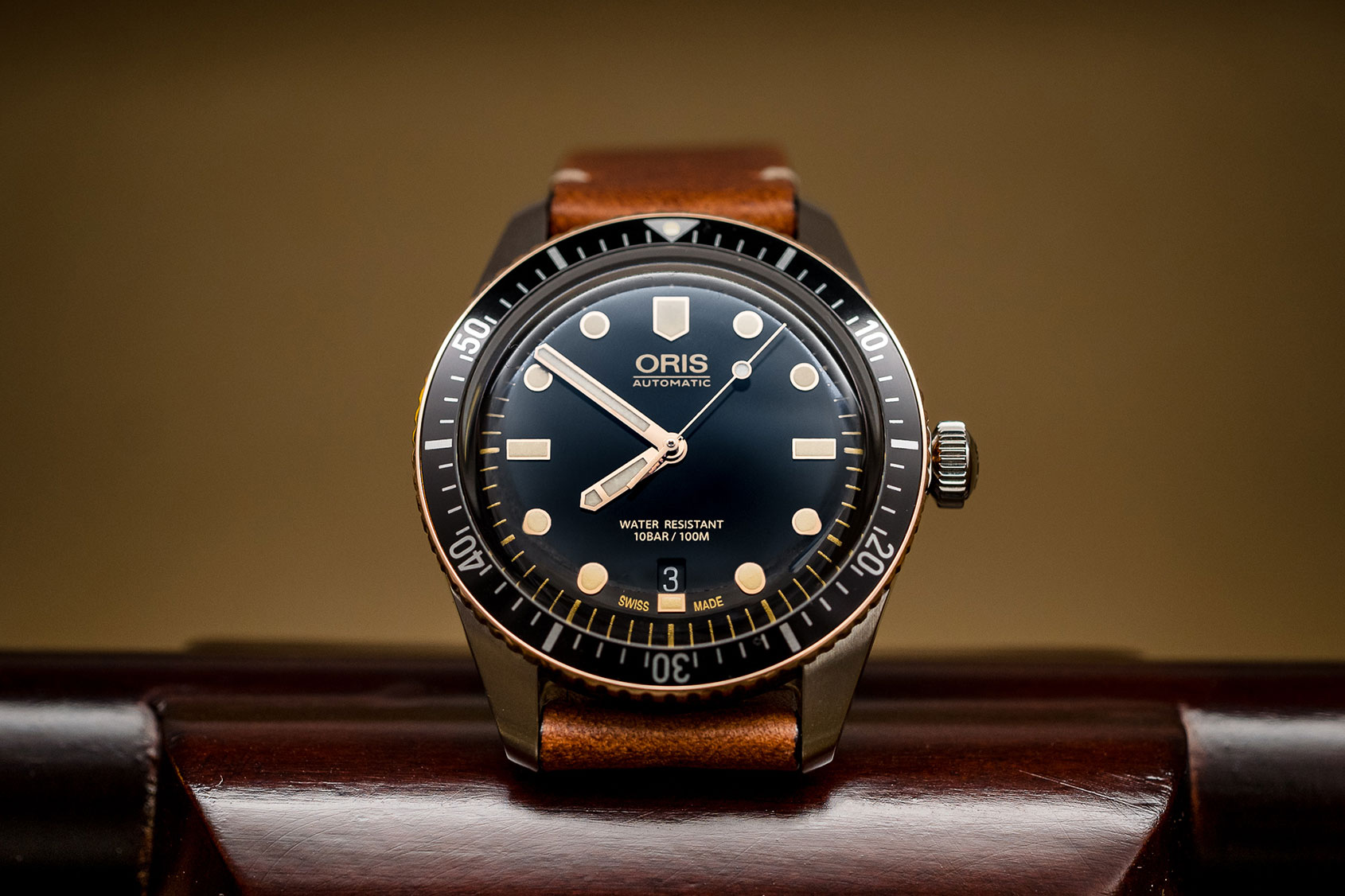 INTRODUCING: The Oris Divers Sixty-Five Bi-Colour – a bronze and steel option in 40mm and 36mm