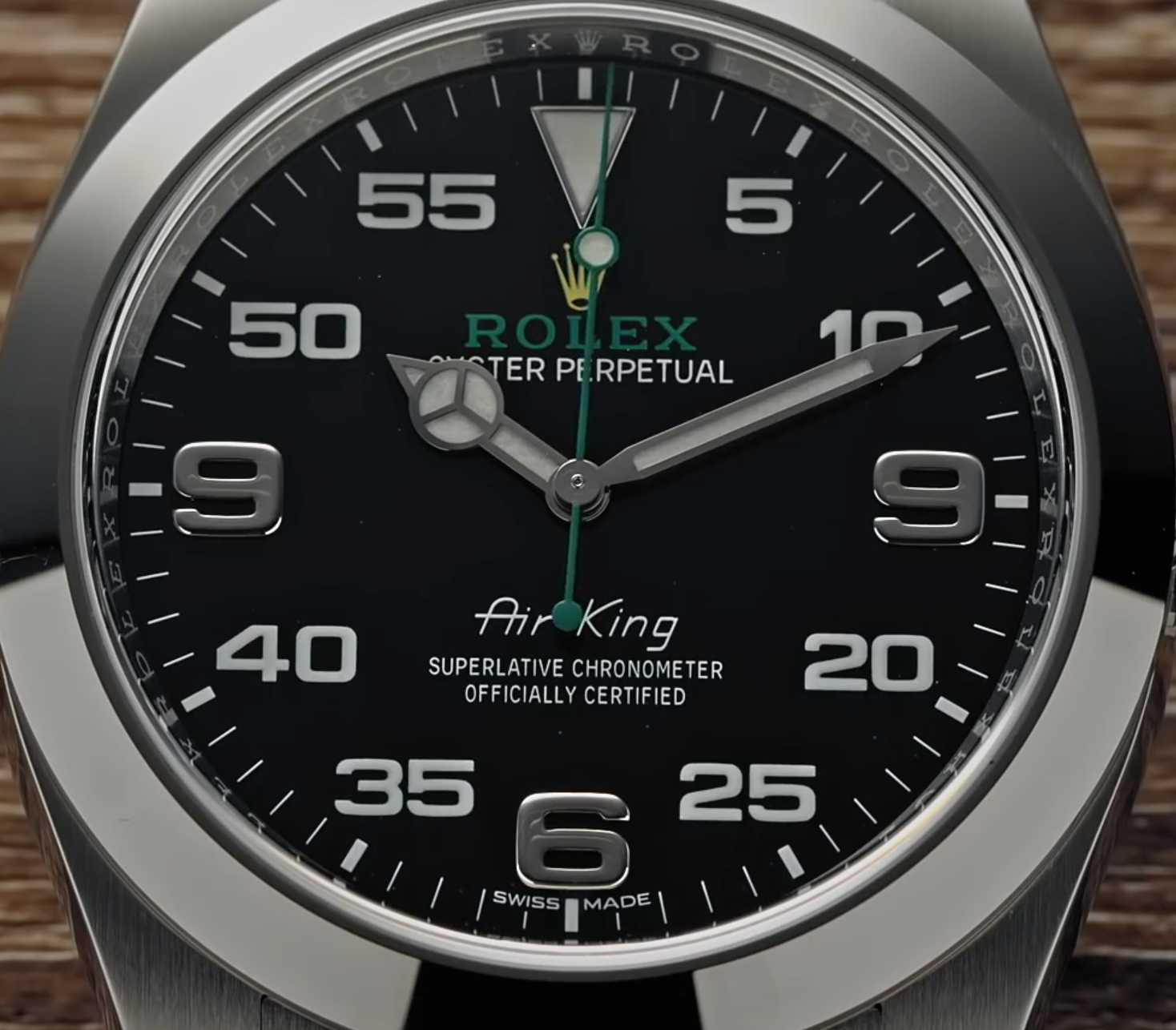 A modern Rolex with a major defect, the curious case of the Air-King 116900 with double nines