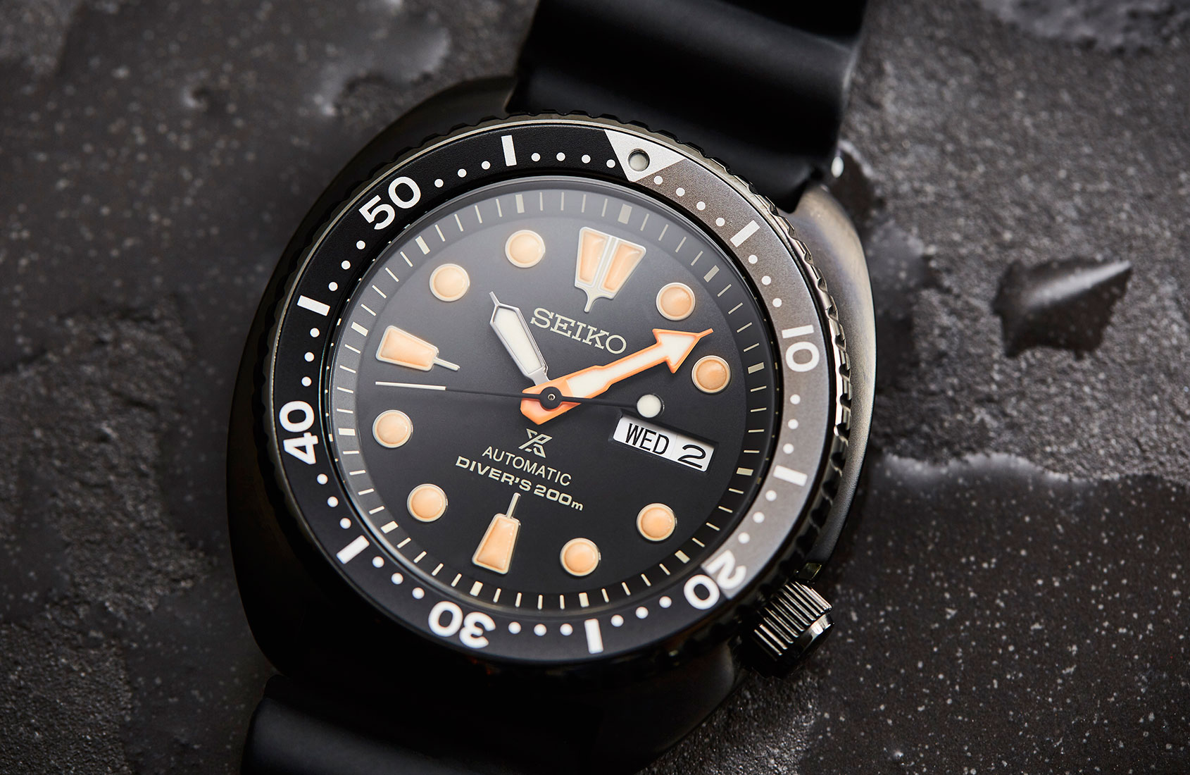 Is this the best blacked-out Seiko dive watch of recent times for under a grand?