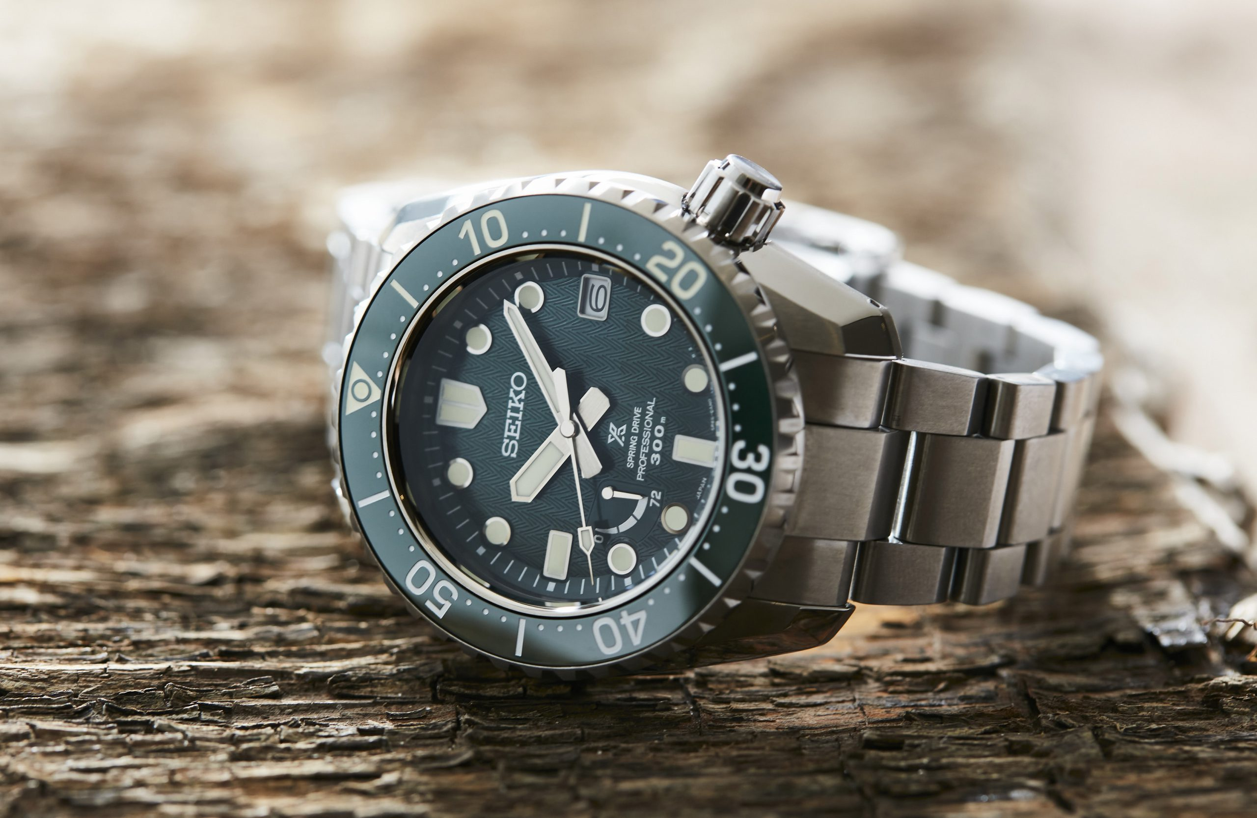 """HANDS-ON: The Seiko Prospex SNR045J is like a Rolex """"Hulk"""" Submariner on steroids"""