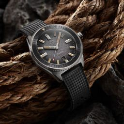 Zelos Watches Blacktip 200m