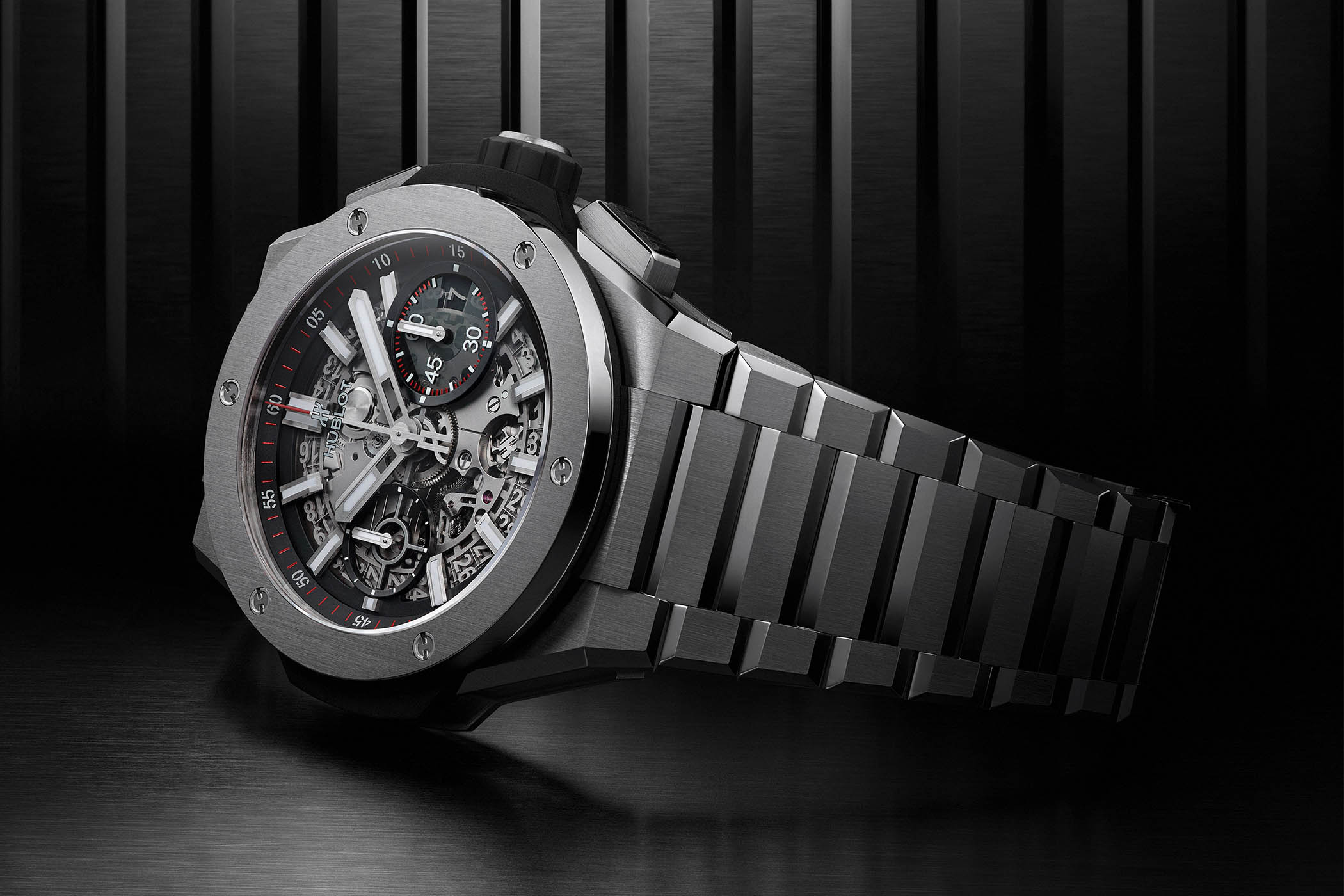 How could a humble watch bracelet win a watch fair? The Hublot Big Bang Integral just did exactly that, but why? How?
