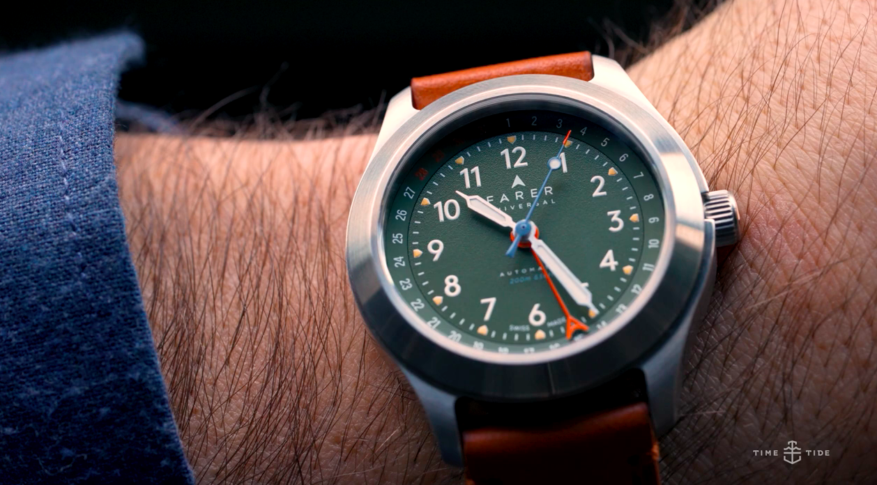 HANDS-ON: The olive-green Farer Exmoor field watch feels like wrist-bound British tailoring with a sexy twist