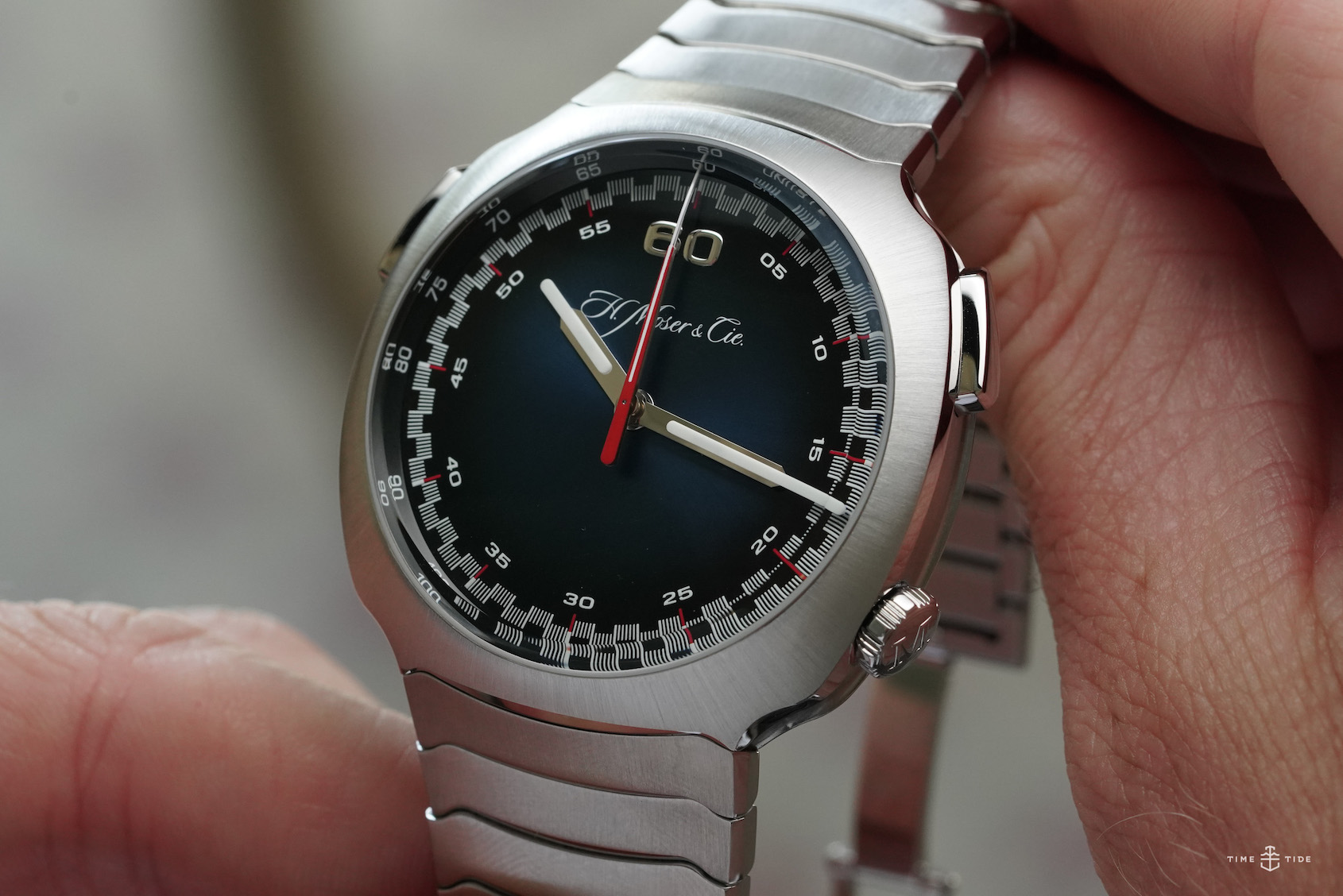 VIDEO: The H.Moser & Cie Streamliner Flyback Chronograph refuses to play by the rules