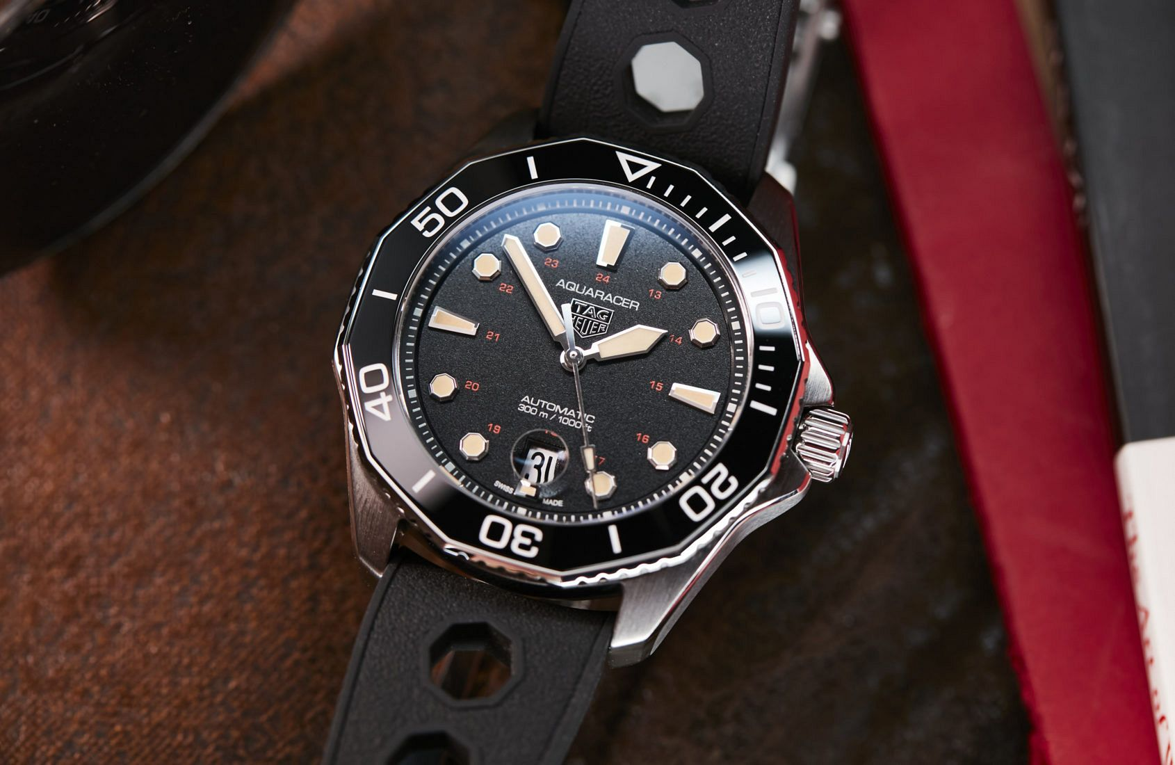 TAG Heuer Aquaracer Professional 300 Tribute to Ref. 844