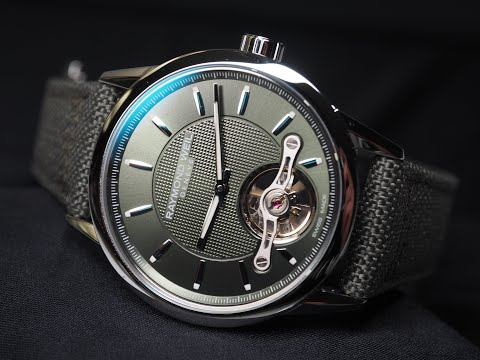 Hold the phone, Raymond Weil has just realised it's 2020 – meet the hot Freelancer Cal. RW1212 Green