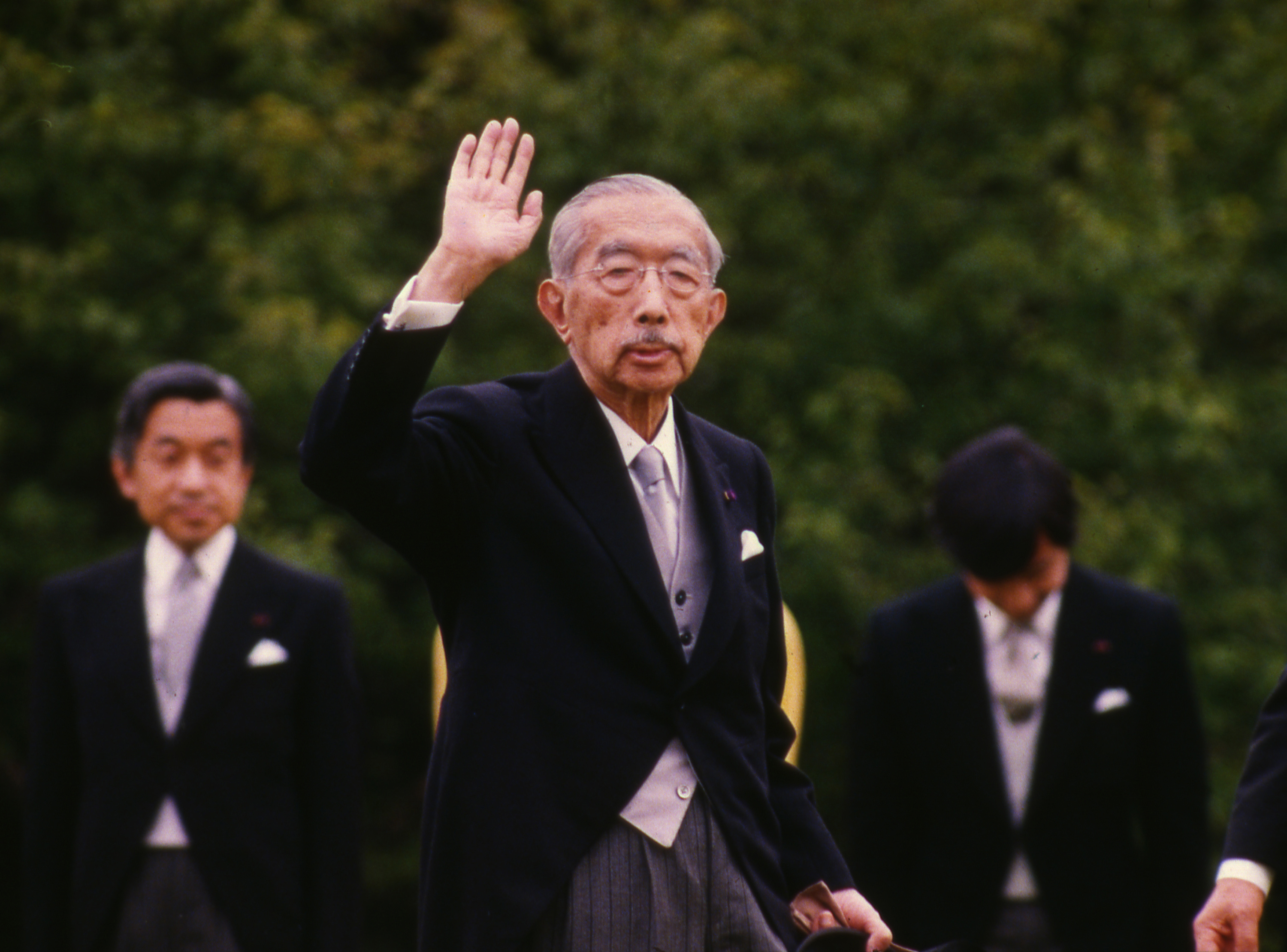 You will NEVER guess the watch that Emperor Hirohito was buried with...
