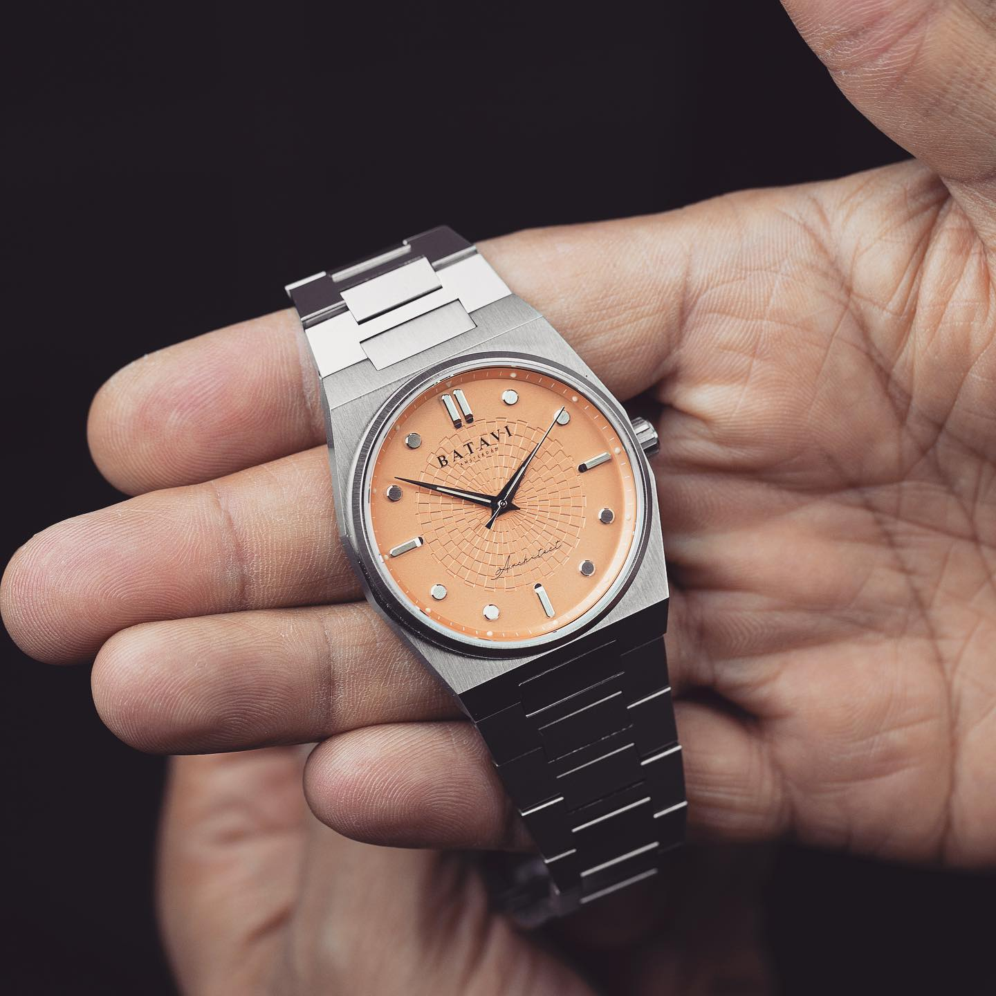 INTRODUCING: Is the Batavi Architect the sharpest microbrand take on the integrated bracelet sports watch?