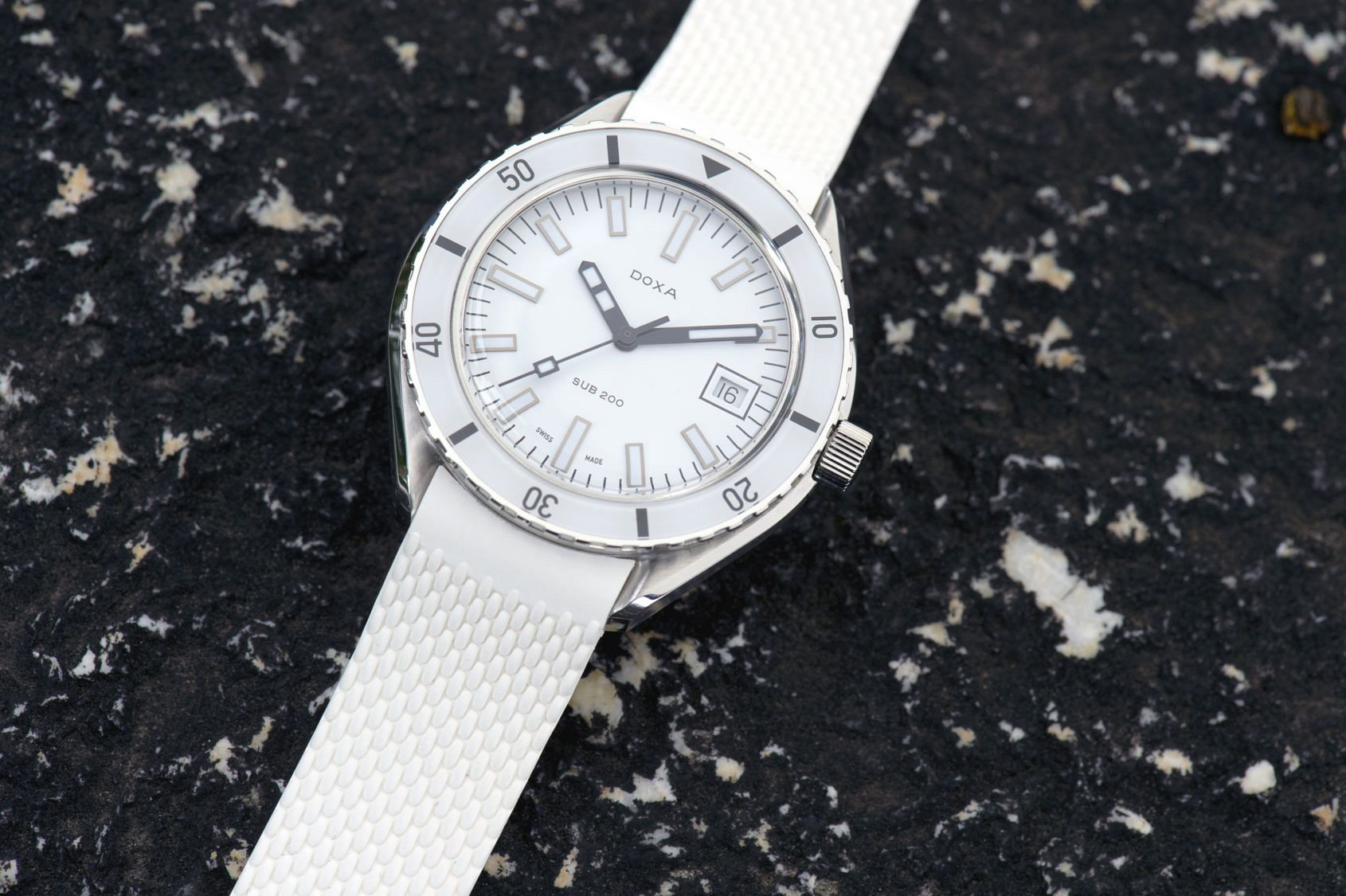 INTRODUCING: The DOXA SUB 200 Whitepearl is as fresh as an arctic breeze