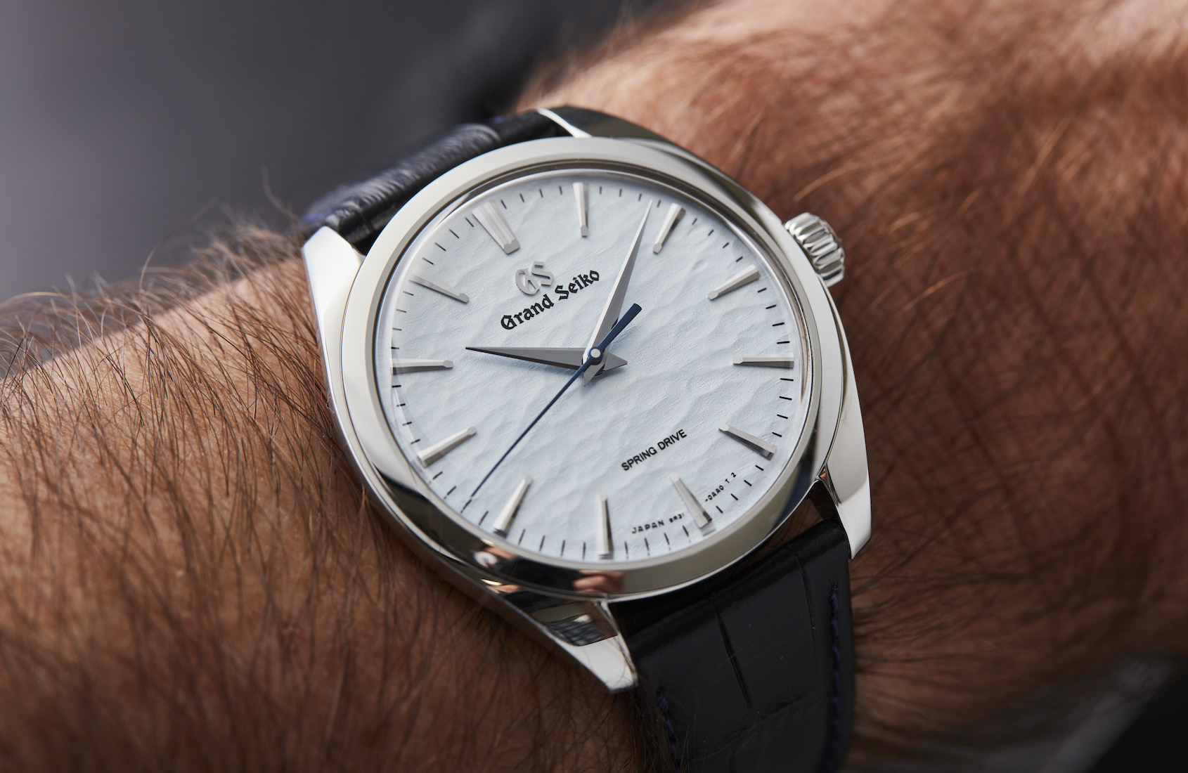 VIDEO: The mesmerising dial of the icy blue Grand Seiko SBGY007